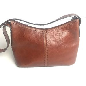Fossil small brown leather purse 11x6x4